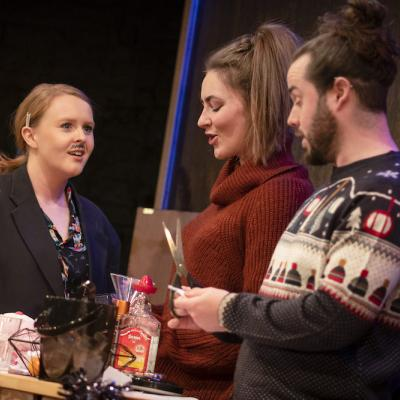 Sarah Balfour, Katie Powell and Dale Jewitt in Clementines - Christmas Crackers