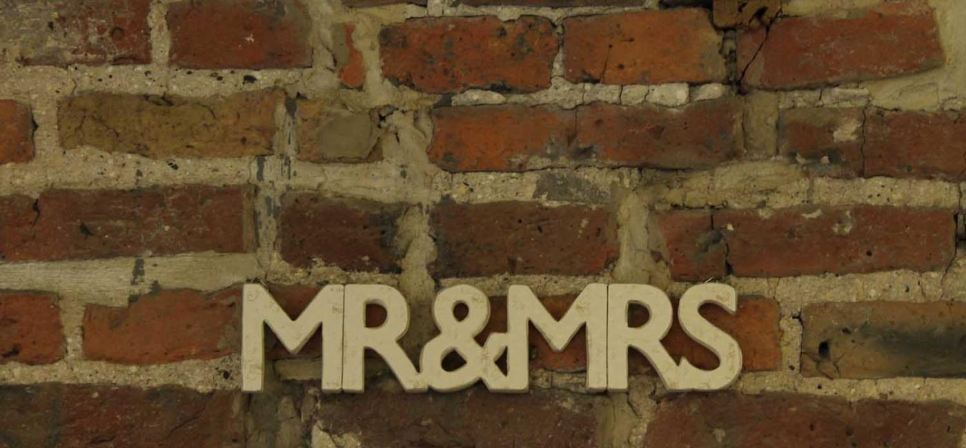 Brick wall with Mr & Mrs sign
